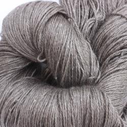 Zilvergrijze Yak met zijde (100 Gram / 466 Mtr)
