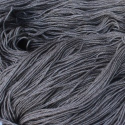 Bruin gemêleerde Yak (50%) met Zijde (50%) (100 gram/466 mtr)
