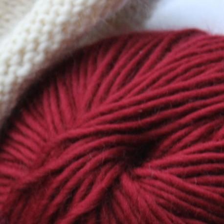 Breiwol, rood, een draads. 50 gram / 50 Mtr