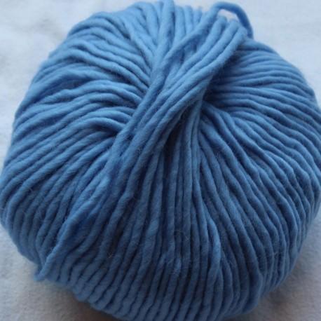 Breiwol,Pastel blauw, een draads. 50 gram / 50 Mtr